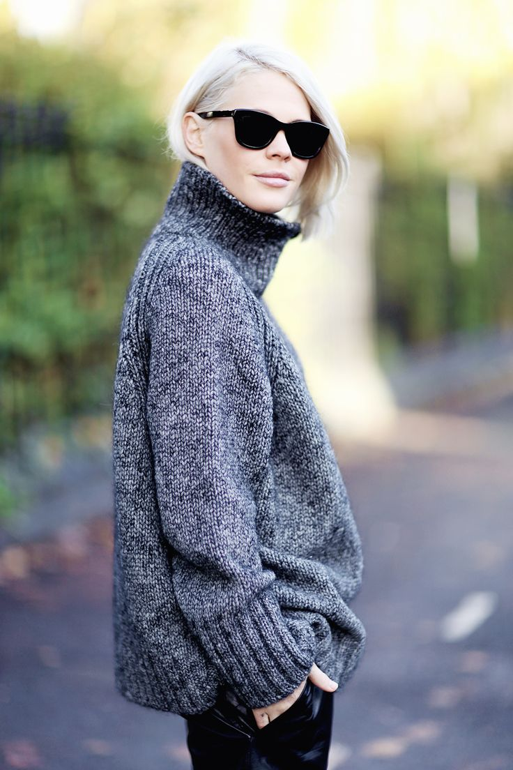 grey turtle neck #knit #winter #outfit