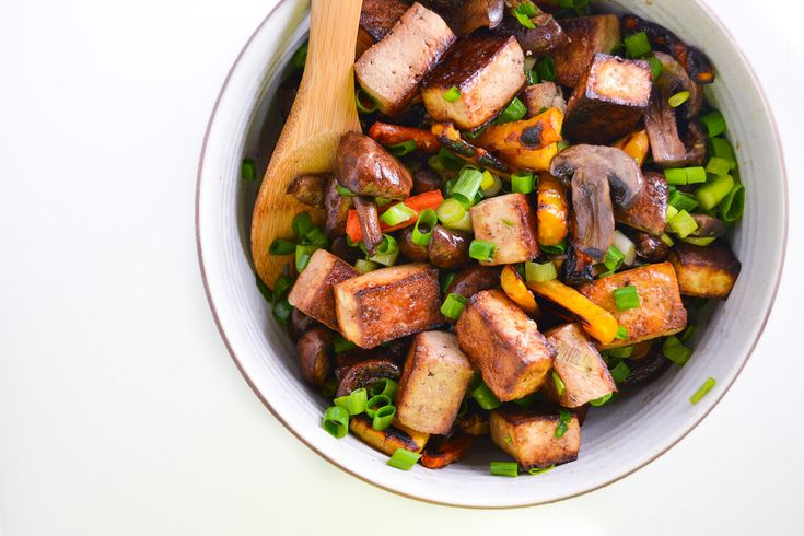 soy-glazed tofu, carrots, and mushrooms | things i made today