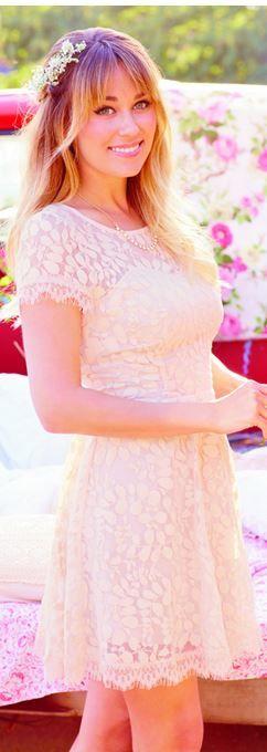 White short sleeve lace dress