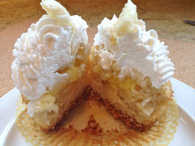 Banana Cream Pie Cupcakes (By Scratch) | CuPcaKes | Pinterest