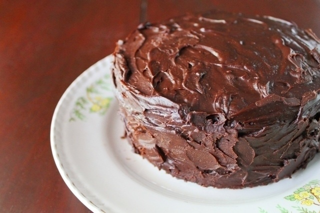 Eggless Chocolate Cake With Fudge Frosting | Recipe