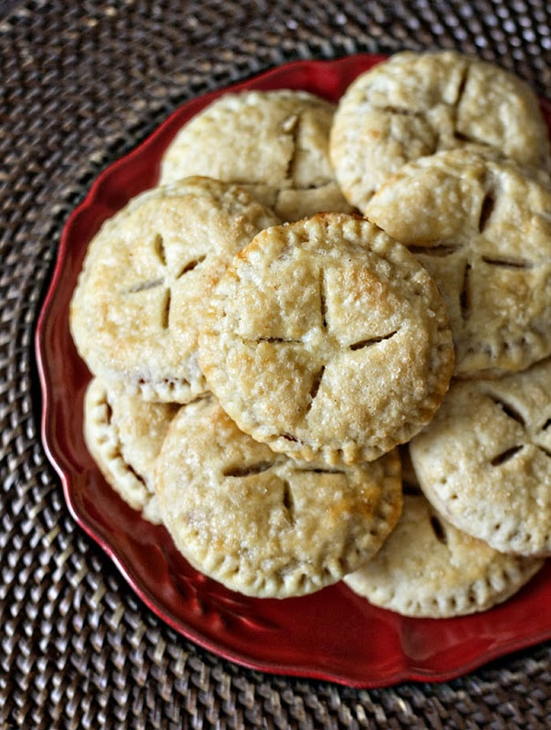 Apple Pie Cookies - adorable minis for a holiday table!