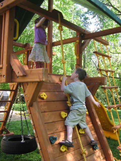 Family Backyard Designs : Ideas for simple backyard family fun  Family Stuff  Pinterest