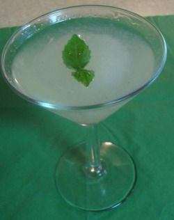 basil lime martini | Baby Boozer | Pinterest