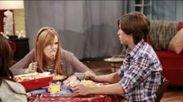 Leo Howard and Bella Thorne   CeCe Jones and Logan HunterLeo Howard And Bella Thorne