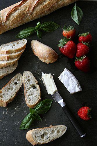 crostini with brie cheese strawberries honey amp basil recipe