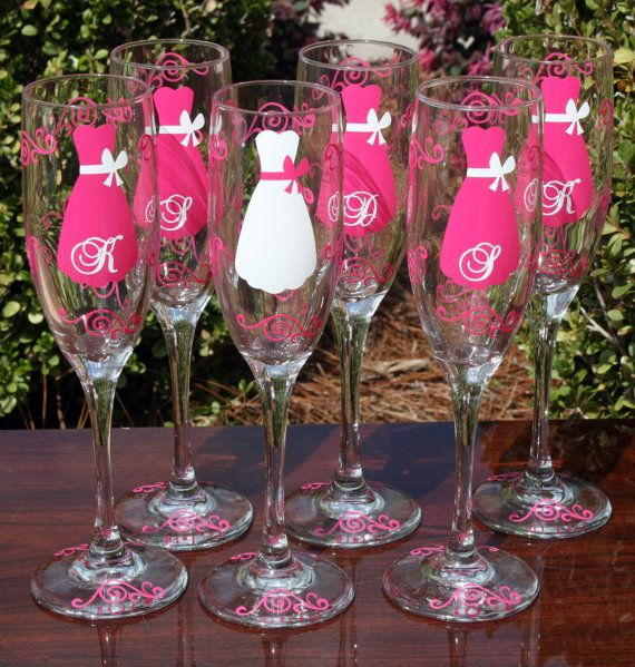 Bridesmaids champagne glasses