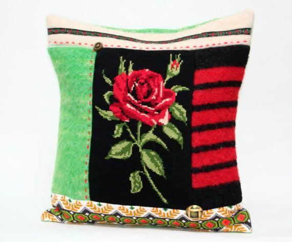 ... kussen met borduurwerk Rode roos 40x40 cm door TessePillows, u20ac32.50