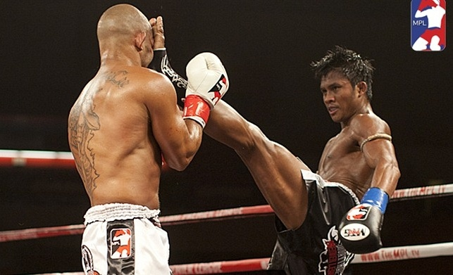 Buakaw Banchamet - Teep to the face