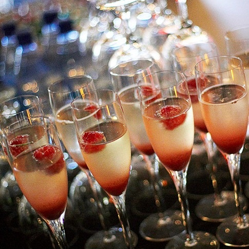 Raspberry Champagne Cocktail | bubbles | Pinterest