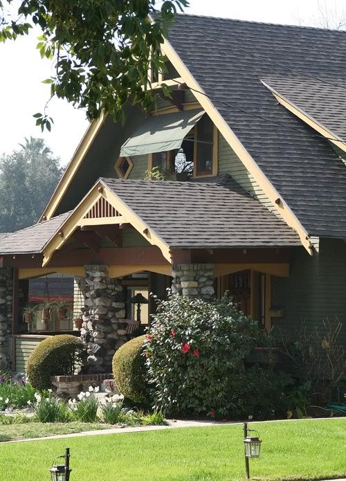 A frame bungalow arts crafts exteriors pinterest for Bungalow style picture frames