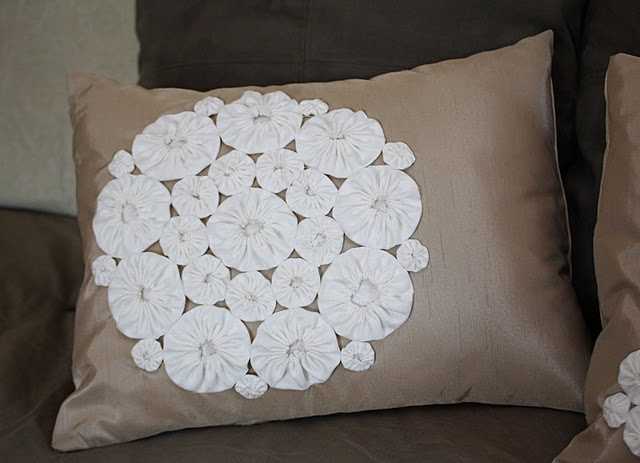 Throw pillows for couch pinterest crafts