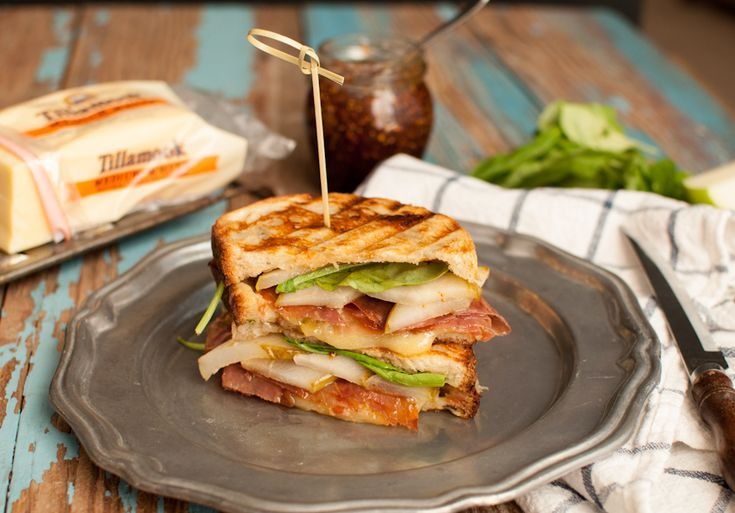 Pear, Prosciutto, Arugula, and White Cheddar Grilled Cheese Sandwich