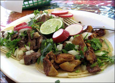 Tacos de tripas, de lengua, y de cabeza. (beef tripe, tongue, and head ...
