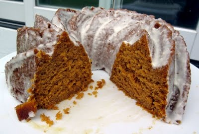 bundt cake. Using this recipe to make a pumpkin shaped cake. Frosted ...