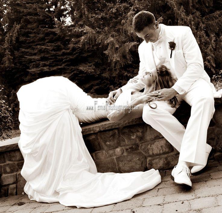 Wedding Photography Wedding Poses Bride Poses Bride And Groom