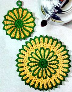 crocheted potholder and hotplate pattern