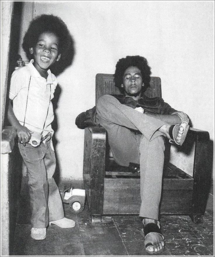 Bob Marley with his son Ziggy. | Robert Nesta Marley Jr. A ...