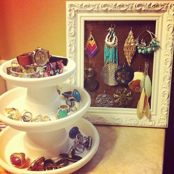 Terra cotta pots into jewelry holders!