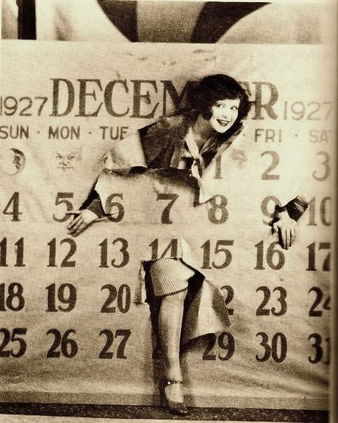 This is Clara Bow, New Years 1928. @designerwallace