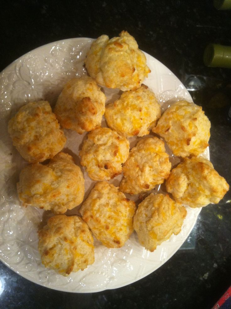 Red Lobster Cheddar Bay Biscuits Copycat | Good Enough to Eat | Pinte ...