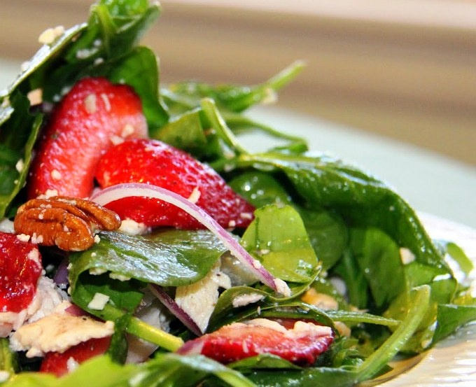 Chicken Strawberry Spinach Salad | C L E A N E A T I N G - S I D E S ...