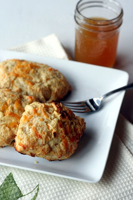 Apple cheddar scones. | Great food | Pinterest