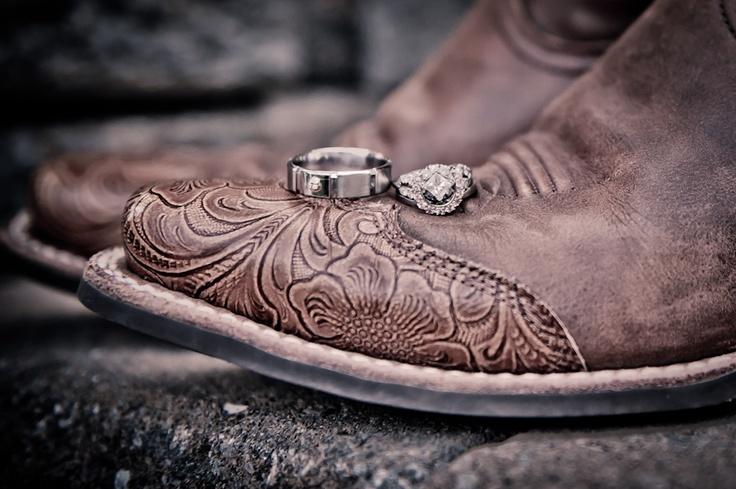 country wedding rings livebeautifulphotographycom 736x489 - Country Wedding Rings