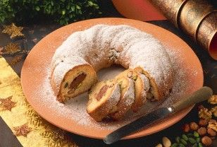Christmas Stollen Cupcakes - A Christmas Classic Transformed Recipes ...