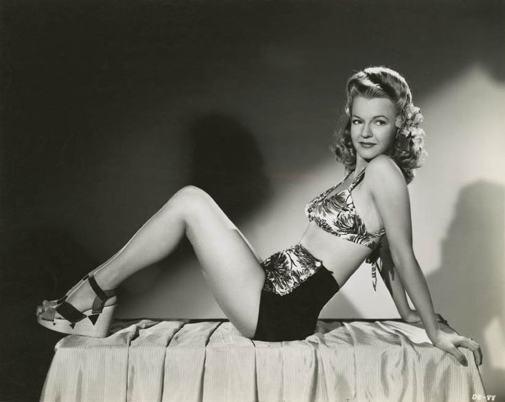 Dale Evans, 1940s  - photo by Ray Jones