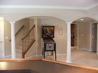 Basement columns img images frompo for Basement floor jack lowes