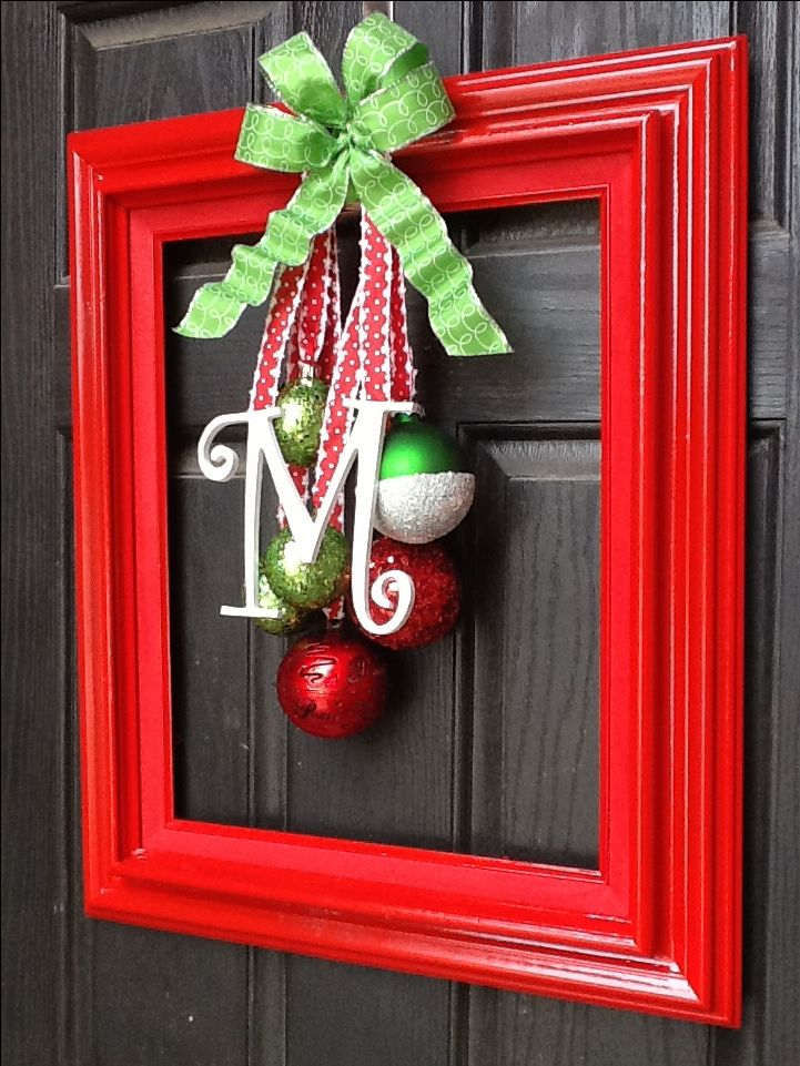 Christmas door decoration christmas pinterest for Outside hanging ornaments
