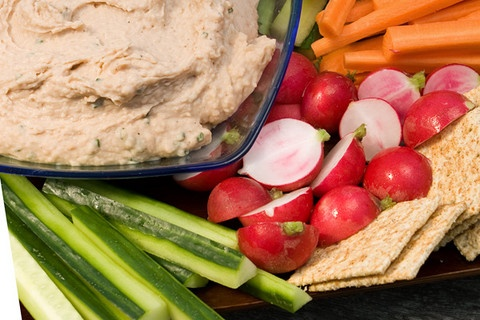 Cannellini Bean Dip Gotta have some kind of veggies and dip and I love ...