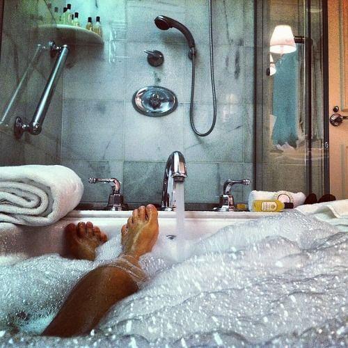 bubble bath | Relaxing Sundays | Pinterest