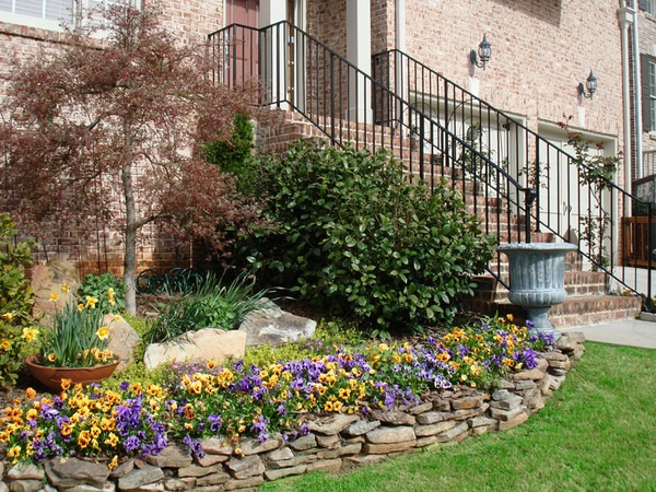 Pin by elaine zent on border ideas for my flower bed for Flower bed border stone