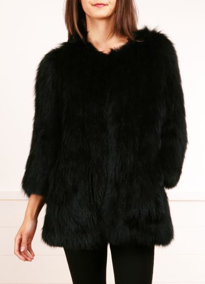 Black faux fur coat - #trending #look #outfit #glam #fashion #fur #winter #Fall #style #comfort #glamorous #trend #beautiful #autumn
