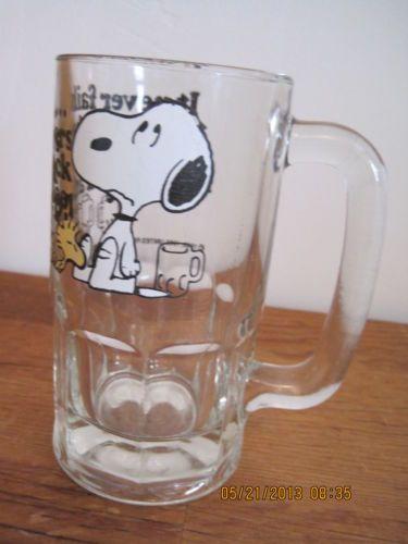 Halloween Snoopy Drinking Beer