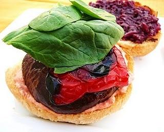 Portobello Burgers | Noms to Warm our Stoms | Pinterest