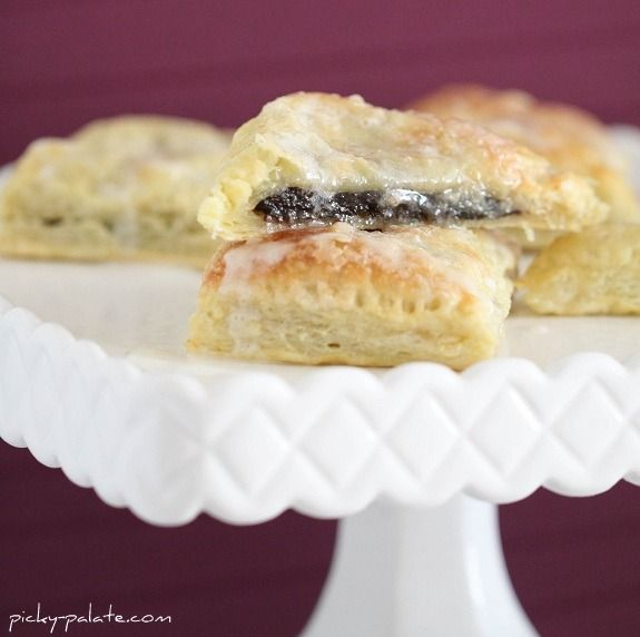 Girl Scout Thin Mint Strudels...~ super easy ~ uses Thin Mints, cream ...