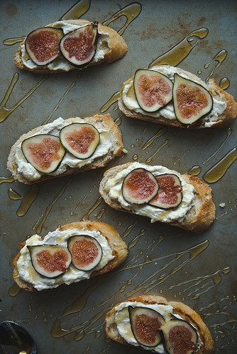 Fig, ricotta, honey tartines | Two Red Bowls -- *try it with pure ...