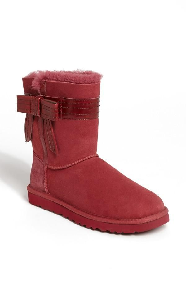 Red + Bow = Perfect Ugg