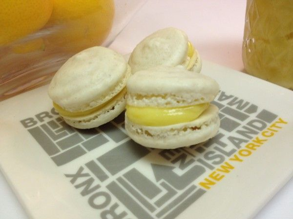 meyer lemon french macarons | cakes | Pinterest