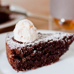 flourless chocolate and hazelnut cake | Cakes | Pinterest