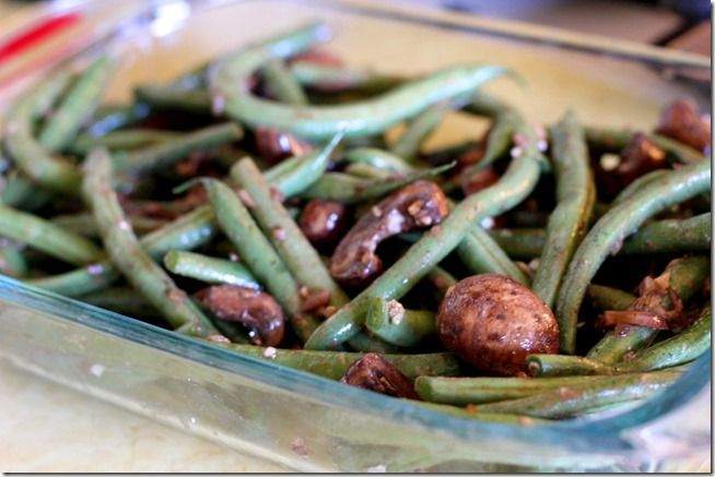 Balsamic-Dijon Roasted Green Beans_LYK4 | Mains and Sides | Pinterest