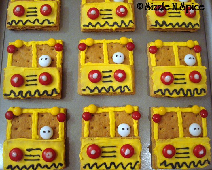 Big yellow school bus graham cracker treats!