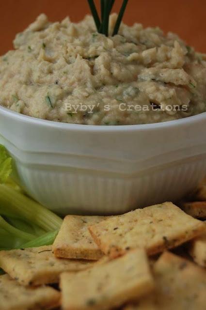 Basil Corn Crackers with garlic and bean puree