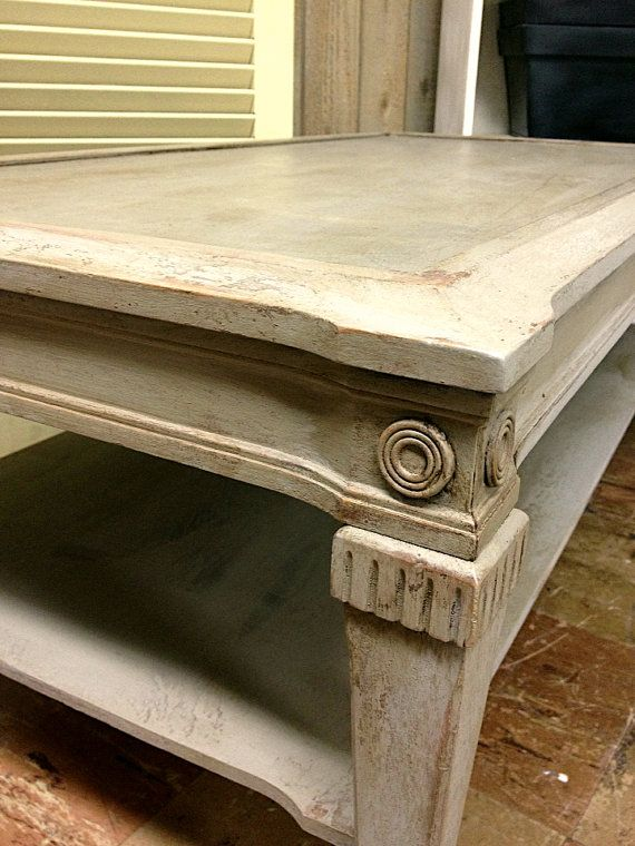 Chalk Paint Vintage Coffee Table Annie Sloan French Linen Distressed Dark Wax Shabby Cottage