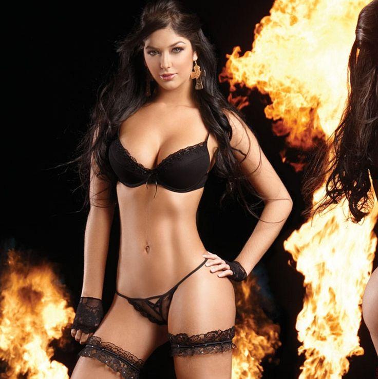 Mariana_And_Camila_Davalos_Sexy_Steamy_Besame_Lingerie   Chicas - Car