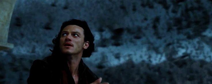 Dracula untold - Luke ...