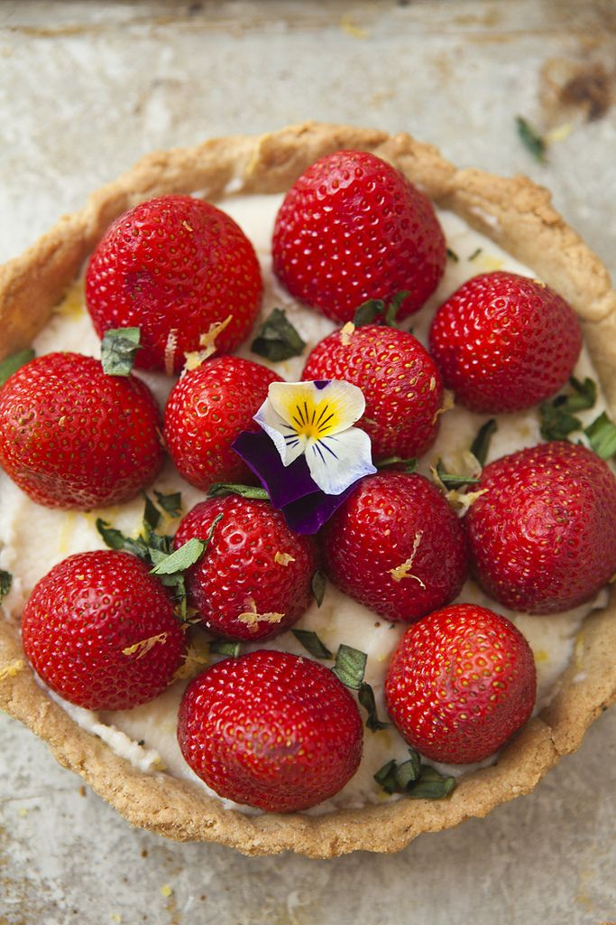 Strawberry Tart with Mascarpone & Lemon Zest Recipe (Gluten-Free)